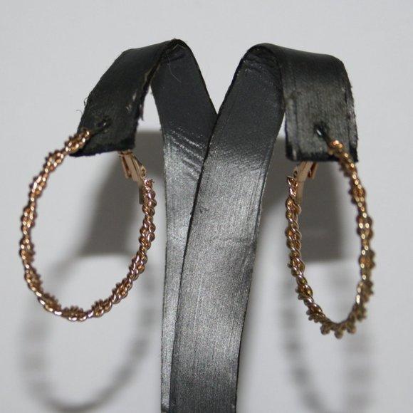 "Beautiful gold hoop twisted gold earrings 1.25"""